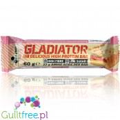 Olimp Gladiator Strawberry Cake protein bar