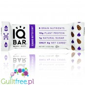 IQ Bar Almond Butter Chip Brain & Body plant protein bar with Lion's Mane, MCTs, Omega-3, flavonoids, vitamin-E and choline
