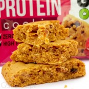 Sante GoOn Protein Cookie Very Berry - protein cookie with fruits