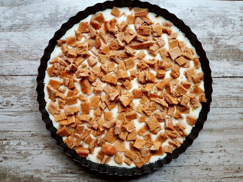 tu jest przepyszny krem z białej czekolady z ciasteczkami