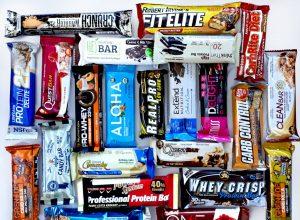 Na co zwracać uwagę przy wyborze batona proteinowego?