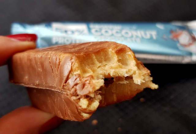 Fit Recenzje: ProteinPro 50% Coconut Chocolate – oldshool aka baton Arnolda, czyli to powinno być karalne
