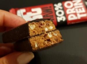 Fit Recenzje: Ewa Chodakowska Be Raw 30% Protein Cranberry – drugie podejście do batonów trenerki wszystkich Polek
