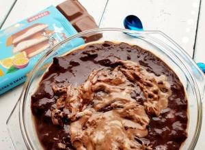 Jednoporcjowy deser proteinowy a la czekolada Wedel Marakuja & Pomarańcza