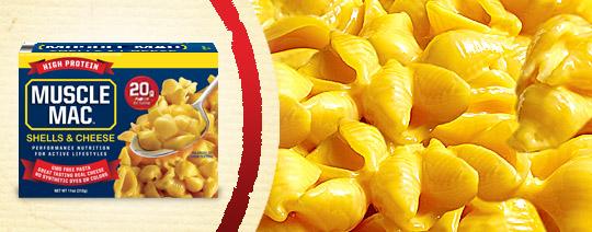 Makaron białkowy z sosem serowym